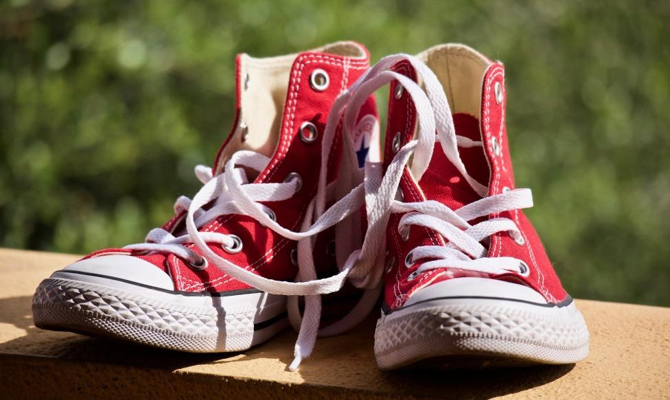shoes-3693408_1920